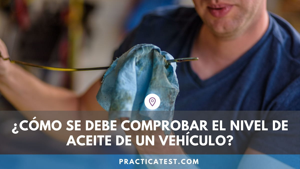 Cómo mirar con la varilla el nivel de aceite del coche y rellenarlo