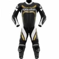 ba65929e0cf ¿Cual de las siguientes es una característica propia de los trajes para  motoristas realizados en materiales textiles